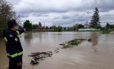 Cod portocaliu de inundații pe râurile din șase județe