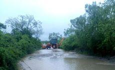 Cod galben de inundaţii pe râurile mici din 13 judeţe, până la miezul nopţii