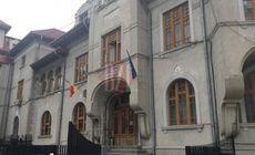 UPDATE / A murit grefiera care s-a aruncat de la etajul 2 al Parchetului Tribunalului Iași. Femeia a lăsat un bilet de adio