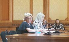UPDATE | Scandal în comisia de cultură, la audierea Doinei Gradea. Şefa Televiziunii Publice a părăsit şedinţa, la care au fost prezenţi doar reprezentanţii Opoziţiei | VIDEO