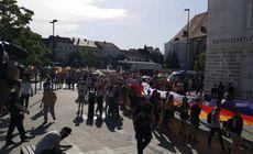 Circa 3.000 de participanți la marșul Cluj Pride au cerut legalizarea parteneriatelor civile. Protest în paralel al Noii Drepte