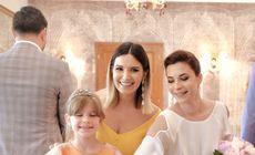 Sora Elei Crăciun s-a măritat. Ce ținută a purtat la cununia civilă