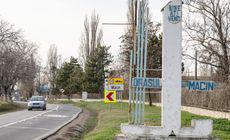 Circulație restricționată pe digul-șosea dintre Măcin și Smârdan pentru reparații după creșterea nivelului apelor Dunării