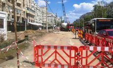 Continuă lucrările la parcarea subterană de pe bulevardul Decebal. Care sunt noile restricții rutiere