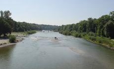 Un prahovean beat a murit înecat după ce a vrut să verifice cu cât a crescut nivelul apei unui râu
