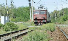 O fetiță de 8 ani a fost călcată de tren într-o gară din județul Hunedoara. Mama și sora ei mai mică au asistat la scena de groază