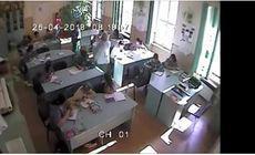 Două eleve din Sibiu, biciuite în sala de clasă de un bărbat. VIDEO