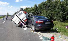 Zece răniţi într-un accident produs în Ungaria. Două vehicule din România, implicate