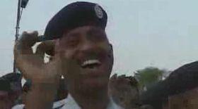 VIDEO / Tabără de... râs pentru poliţişti