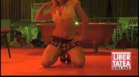 Supersexy Natasha, la Eros Show