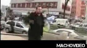 Video / Şi-a dat foc şi apoi nu a mai vrut să se sinucidă