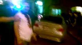 Video | Bătaie între clanuri în Capitală: un bărbat a fost scalpat cu o macetă