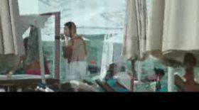 Video | Soţii Borcea, euforici pe plajă!