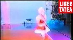 Video - Partea (|) / Aşa îl primesc yoghinii pe Moş Crăciun