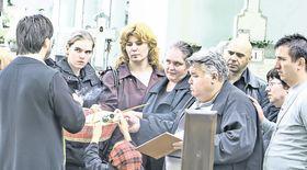 Exclusiv   Fiica nelegitimă a poetului Păunescu a venit la parastas