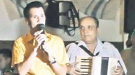 La botezul fiului lui Dragoş Dolănescu a cântat
