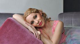 Exclusiv Libertatea.ro | Sylvia lansează piesa