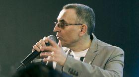 Trupa TAXI, melodie-manifest la adresa politicienilor din România