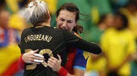 """Costică Buceschi, """"secundul"""" naționalei de handbal, spune totul despre fete, despre idolul Cristina Neagu și despre visul olimpic"""