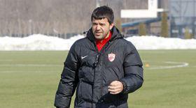 Cosmin Contra a fost prezentat oficial la Dinamo