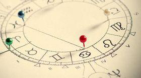 Horoscop, luni, 15 ianuarie 2018. Vărsătorii au resurse limitate. Trebuie să accepte că este o etapă firească, e inutil să se zbată