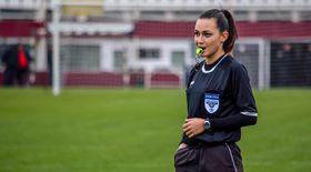 Manechinul Andreea Ene este cel mai sexy arbitru din România