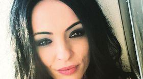 VIDEO EXCLUSIV/ Cosmina Păsărin face bani frumoși la sfârșit de an. Are agenda full!!