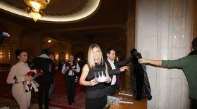 """Primul premiul al serii la Galei: Simona Halep e """"Woman Elle"""". Vezi ce a spus pe scenă!"""