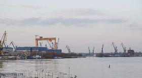 Angajat al Șantierului Naval Vard din Tulcea, mort după ce și-a strivit capul între perete și o piesă metalică