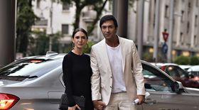 Video EXCLUSIV/ Cum își împart treburile casnice Adela Popescu și Radu Vâlcan. El face cumpărăturile și gătește, ea prepară micul dejun!