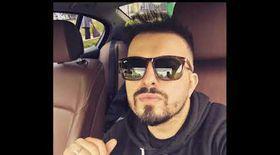 Elis Armeanca a ajuns la sediul DIICOT Ploieşti. Manelistul e citat în dosarul Stupefiante pentru VIP-uri / VIDEO