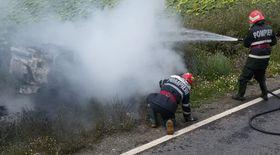 Un autoturism s-a făcut scrum pe o șosea din județul Tulcea