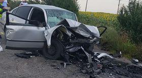 Doi morți și doi răniți într-un accident pe un drum județean din Olt