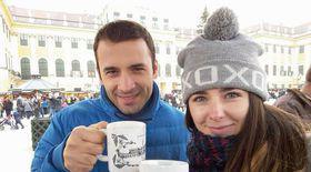 Jurnalistul Daniel Nițoiu și soția sa, Marina, au venit la Trips and Tricks! Povestim despre cum să ai o vacanță perfectă, de Crăciun, la Viena