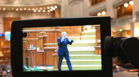 Ce spune deputatul PSD Florin Iordache despre gestul obscen din Parlament