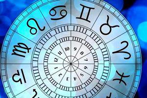 Horoscop 13 ianuarie 2020. Scorpionii au parte de o perioadă mai intensă