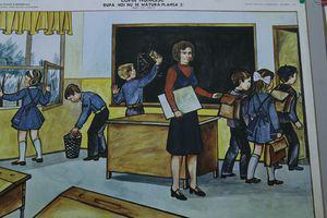 Școală, de la tableta de ardezie la tabletă. Colecționarul Cristian Dumitru a adunat mii de obiecte pentru a crea un muzeu școlar românesc