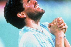 """""""Maradona nu trebuie căinat, ci condamnat!"""" » Radu Naum, drastic: """"Ce e în neregulă cu lumea care îl plânge ipocrit pe acest 'oț?"""""""