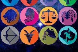 Horoscop 24 mai 2020. Capricornii, ca de obicei, sunt acaparați de muncă