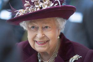 """De ce s-a ascuns regina Elisabeta a II-a în tufiș de Nicolae Ceaușescu: """"Nu făcuse în viața ei așa ceva!"""""""