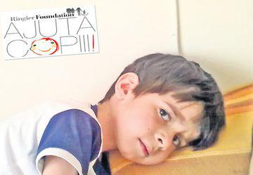 Copilul care se luptă cu un tip nou de cancer. Suferă de o tumoră cerebrală neclasificată încă de Organizaţia Mondială a Sănătăţii