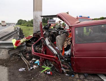 Foto   Grav accident în Austria: 3 români morţi şi 5 grav răniţi