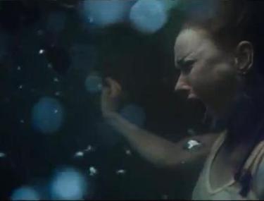 """La un pas de tragedie! Actriţa Naomi Watts, ÎN PERICOL DE MOARTE la filmările pentru """"Paradisul spulberat""""!"""
