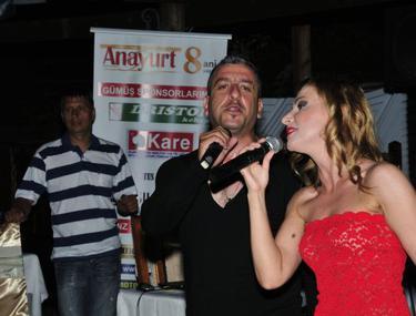 Cotidianul turc Anayurt a ajuns la 8 ani de existenţă în România