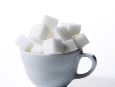 Zahărul accentuează ridurile. Află şi alte lucruri pe care nu le ştii despre acest aliment