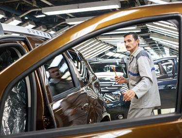 Piața auto românească, lovită de criza de coronavirus. Vânzările au scăzut cu peste 34% în primele șapte luni
