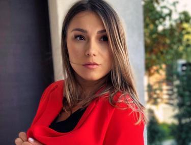 """Monica Roșu este însărcinată în 6 luni. Cât s-a îngrășat fosta gimnastă în ultima perioadă. """"Așa mi-a arătat la ultimul cântar"""""""