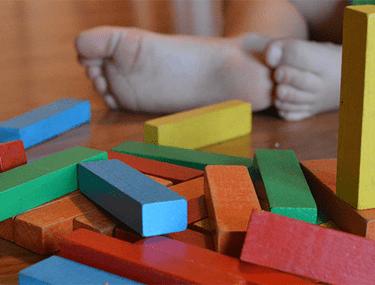 Top 5 beneficii ale educației Montessori
