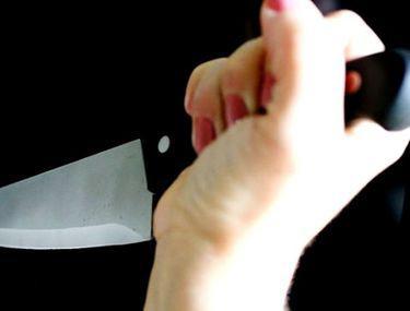 O femeie din Pakistan i-a tăiat penisul unui bărbat ce a încercat să o violeze