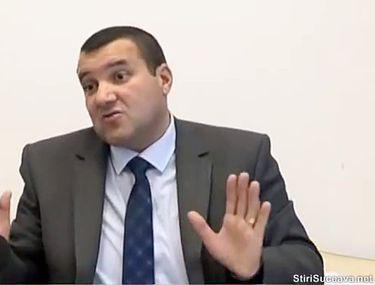Averea strânsă de comisarul-șef din Suceava acuzat că vindea permise de conducere: 600.000 de euro ţinuţi acasă şi la un prieten